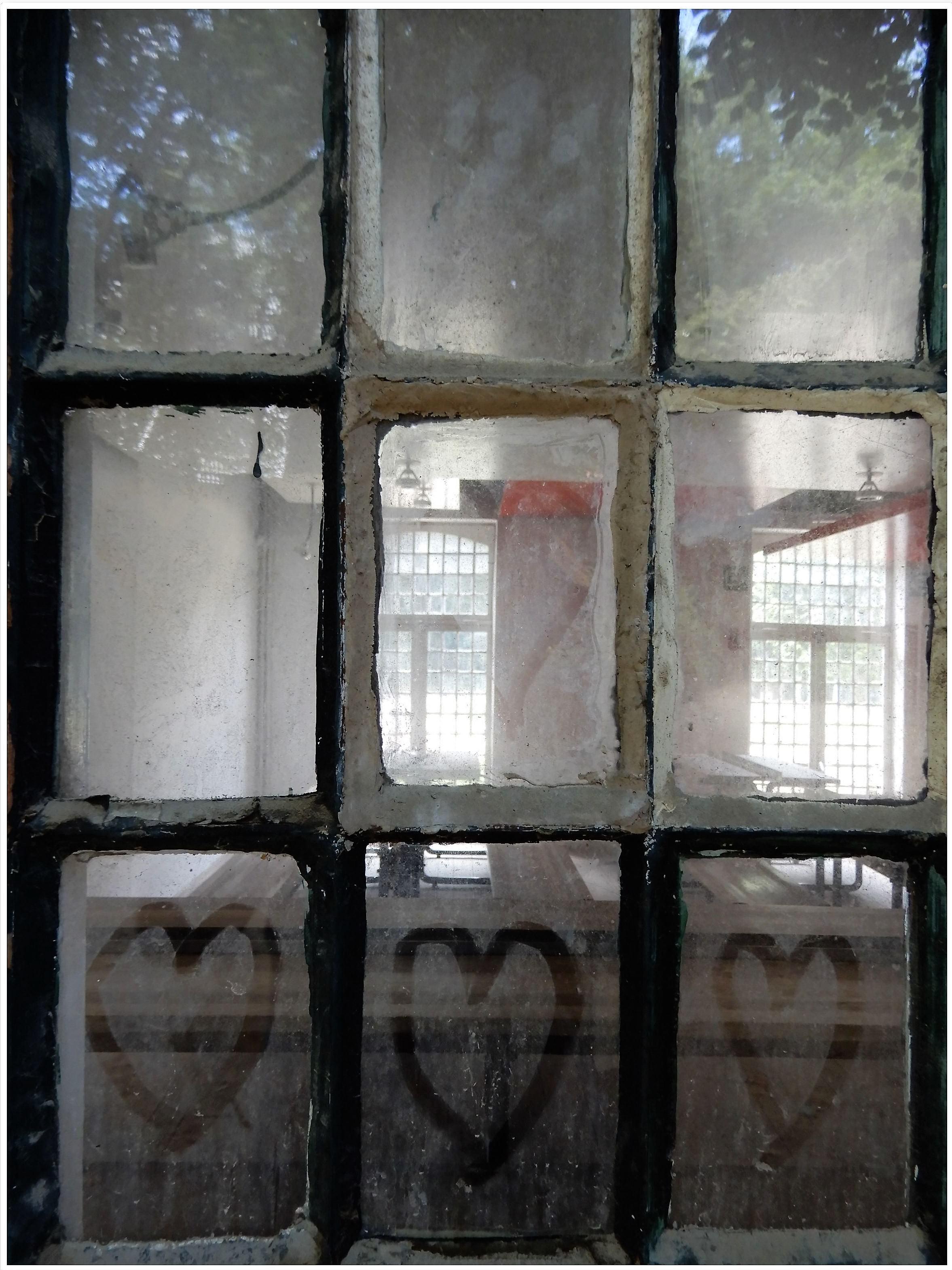La fenêtre des coeurs